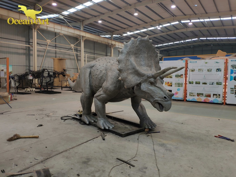 Animatronic Triceratops (6)